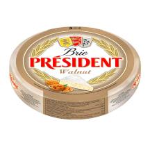 Siers President Brie ar valriekstiem kg
