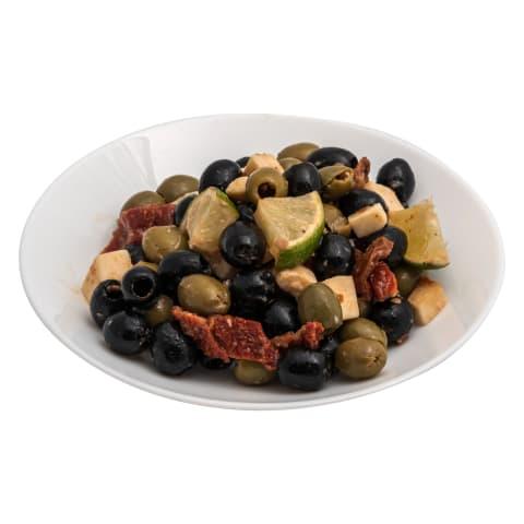 Marinētu olīvu asorti kg
