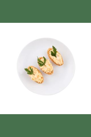 Groziņš ar siera salātiem