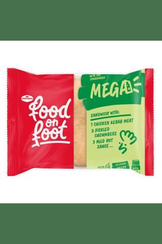 Sumuštinis su vištienos kebabu, marinuotais agurkais ir saldikliais MEGA MANTINGA, 255 g